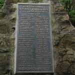 Pomnik-14
