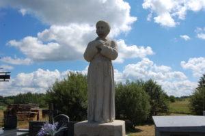 Kontynuacja prac na cmentarzu