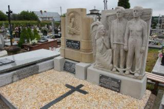 Prace renowacyjne na trzech grobach zostały zakończone