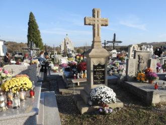 Kwesta na cmentarzach i efekt finansowy. Dziękujemy.